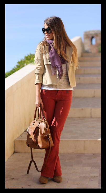 Look do dia_Moda Feminina_look para trabalhar_calça terracota_jaqueta bege_pashmina roxa