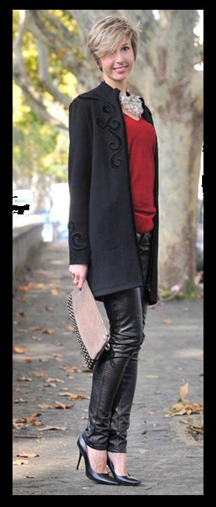 00_ Look de inverno_look para trabalhar_casaco preto_calça de couro_preto com vermelho_black coat