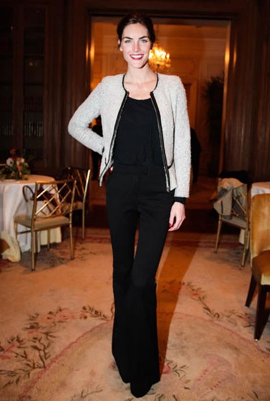 hillary rhoda_casaqueto chanel_chanel coat_flare preta_black flare pants