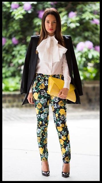 Look do dia_inspiração do dia_moda para o trabalho_calça estampada_estampa floral com blazer