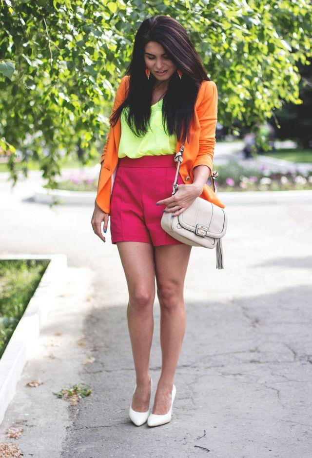 24. Looks coloridos_como combinar peças coloridas_como usar combinação de cores_colored outfits_23